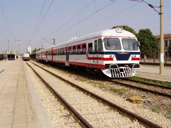 Motorlu Tren